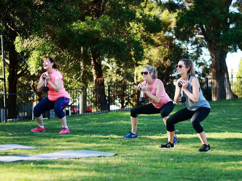 Girls doing strength training in Erskineville, Sydney